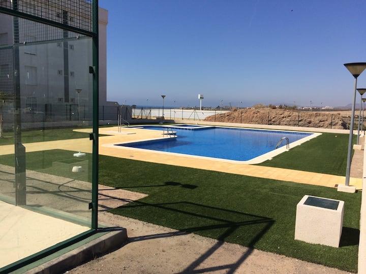 piscina,pista Padel, vistas al mar