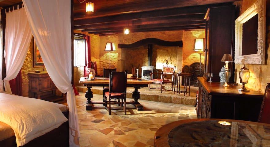 Balcon en Forêt - Suite in Dordogne - Beynac-et-Cazenac - ที่พักพร้อมอาหารเช้า