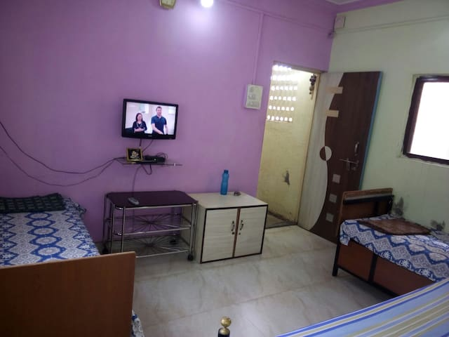 furnished room for paying guest. pimpri chinchwad.