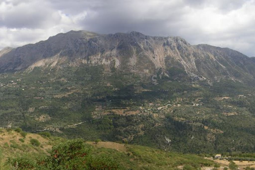 Elati Mountain, Lefkas, Photo from Agios Petros