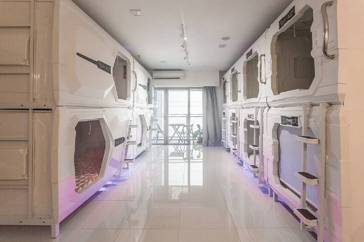 Summer Comfort Pod near KLCC | Mix Dorm Capsule