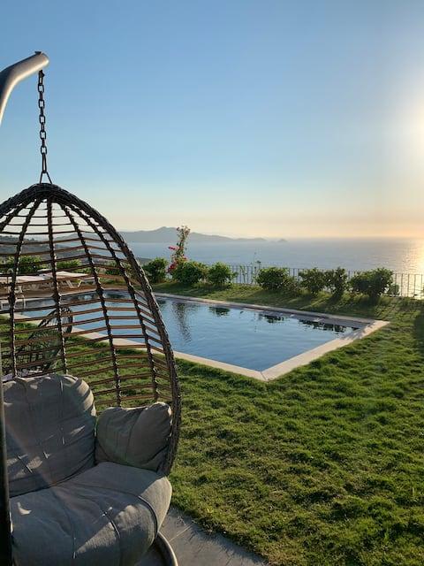 Ferienwohnung mit Meerblick und privatem Pool - Yalikavak