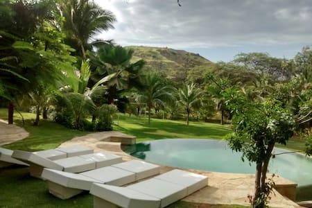CASA SURFINGBIRDS familia o amigos ubicación ideal - Máncora District