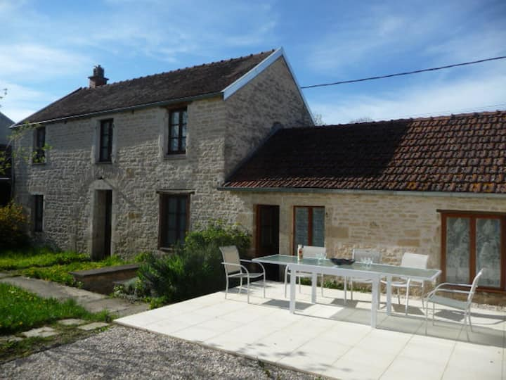 3 Bedroom Country Stone House with Private Garden
