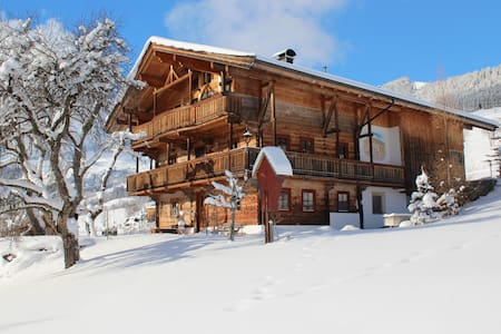 2-6 people, spacious (112m2/1200sq ft, comfortable - Penningberg