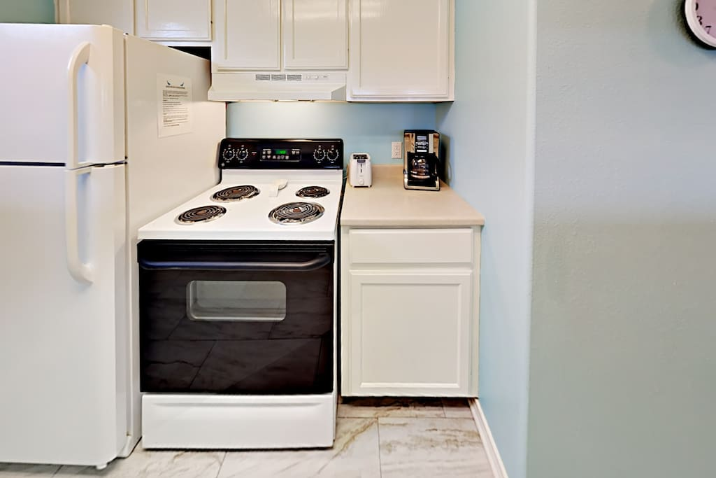 221B LAS PALMAS CONDO-Kitchen appliances
