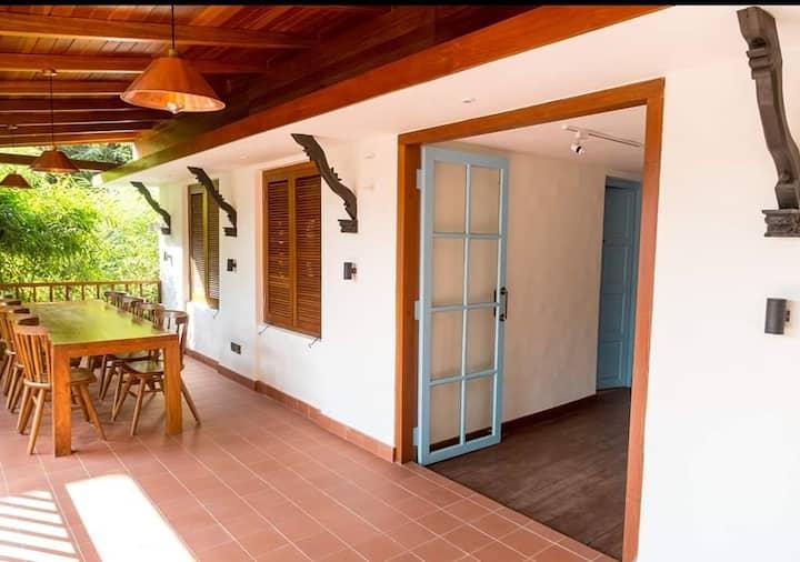 Villa 72 ,Harmony of good food ,greens and stay-R1