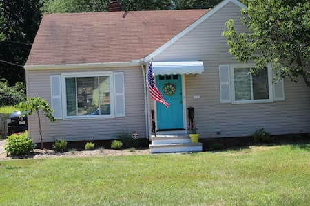 RNC Rental W 229th, Fairview , Oh - Fairview Park - Rumah