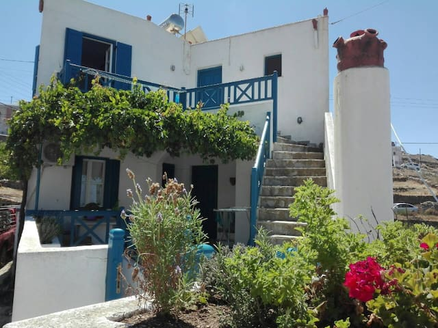 Single Bed (Private Bedroom) in Chora of Amorgos