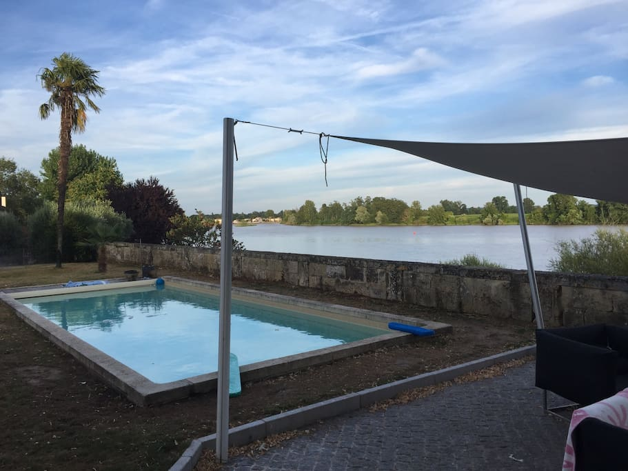 Heated Pool with view on the Dordogne river