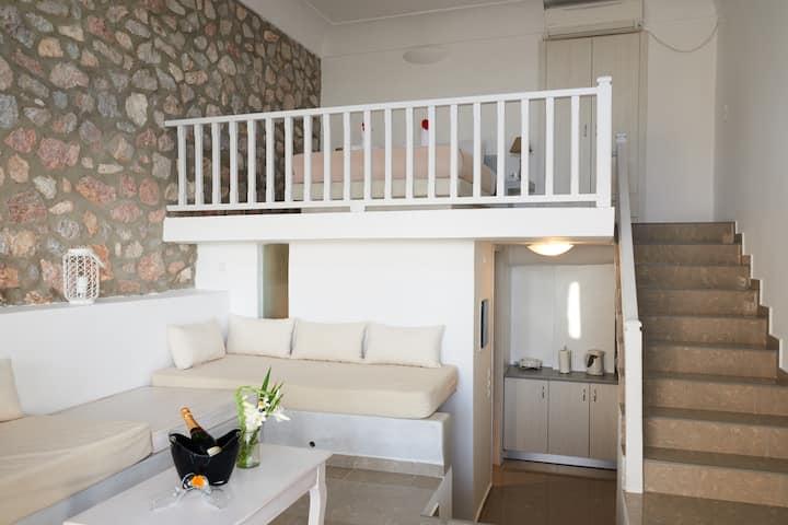 Kallisti Villa (Heated Jacuzzi)