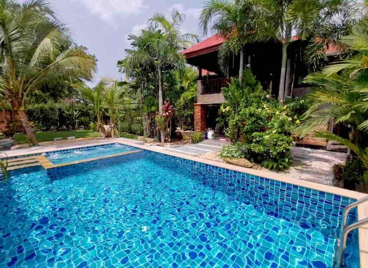Krabi Villa Private Pool & Garden View -1 bedroom