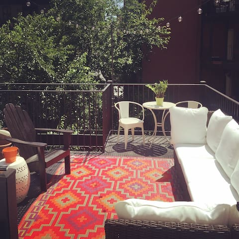 Work remotely on your private outdoor terrace!