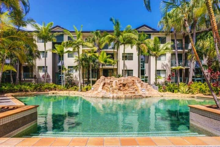Palm Beach retreat - Pool View apartment