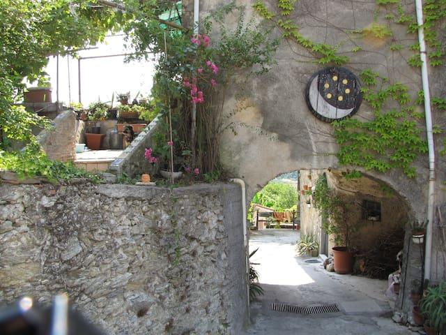 la luna e sei soldi - Tovo San Giacomo - Bed & Breakfast