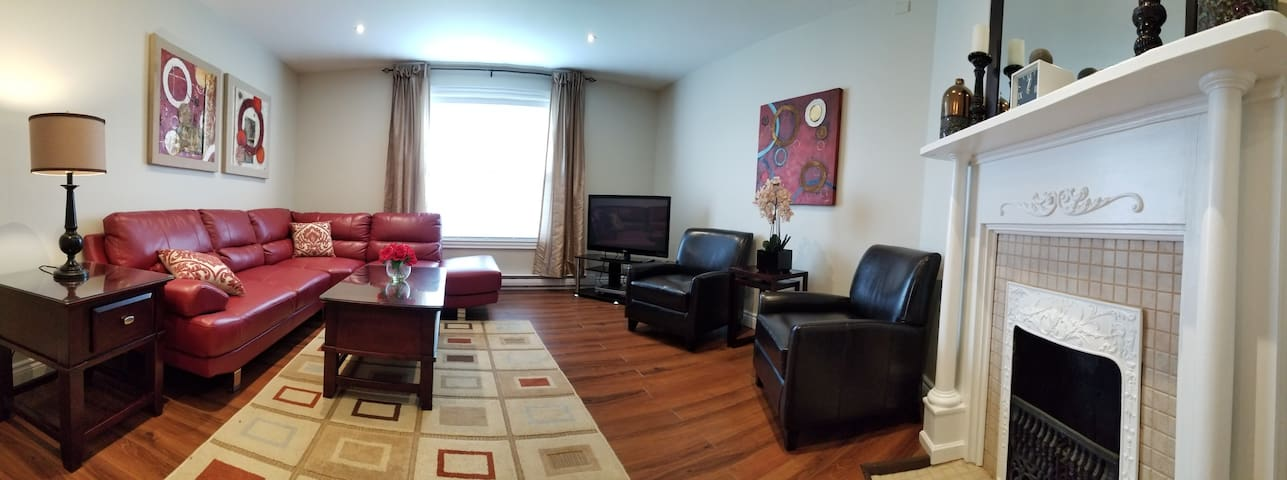 Downtown Executive 3 Bdrm 2 Baths Apt.