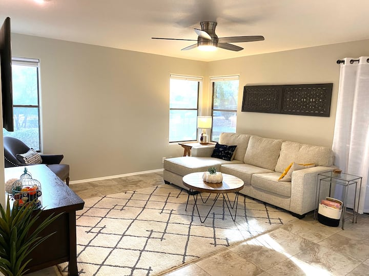 Me-Hive Fountain Hills Inviting & Clean 2BR/2BA