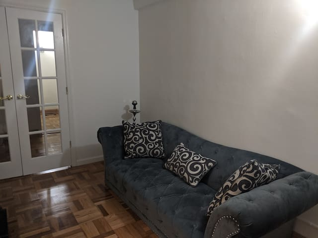 Private bedroom available in East Village
