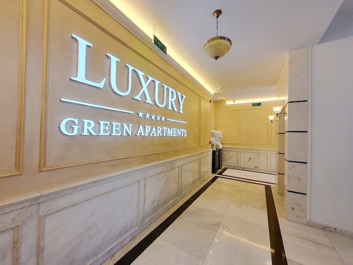 Luxury Green Apartment close to City Center