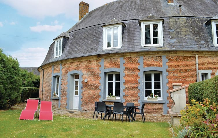 Stunning home in Gouy St. Andre with WiFi and 3 Bedrooms