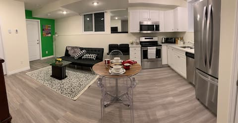 Reduced Rate - Entire Suite - Modern & Brand new