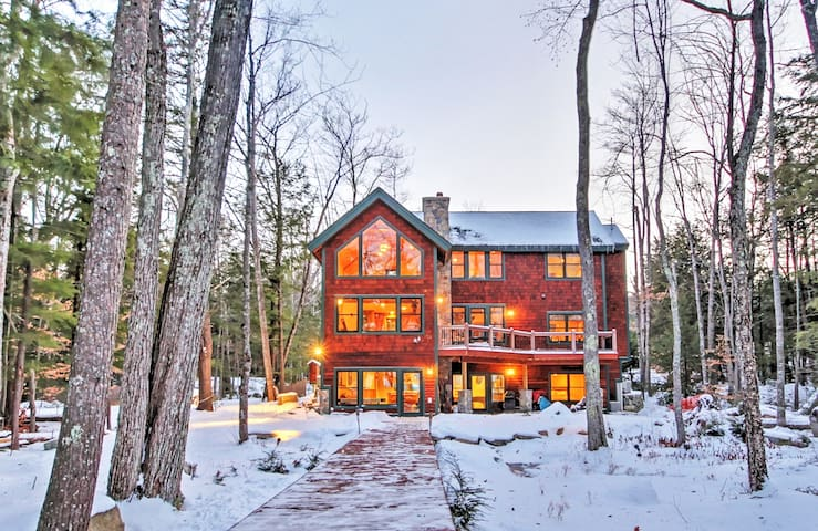 Spacious Alton Home Directly on Lake Winnipesaukee