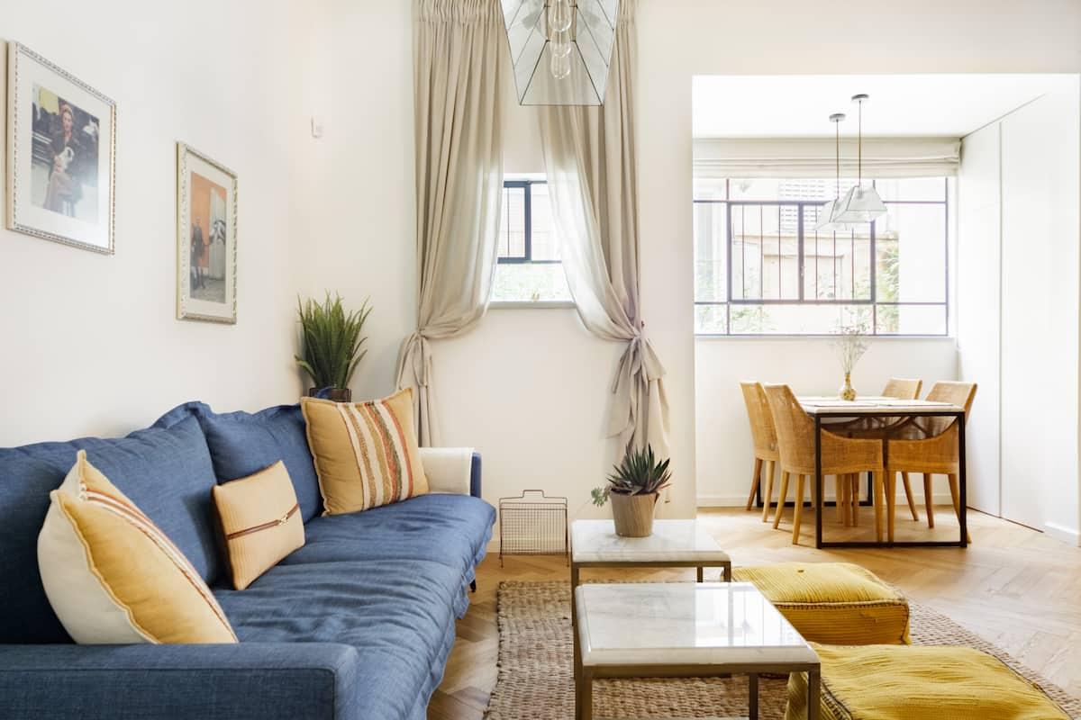 Explore Tel Aviv from a Boutique Apartment