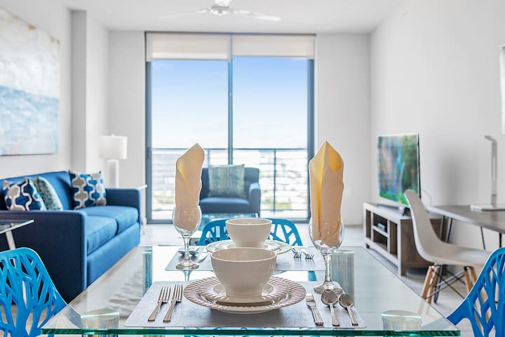 Luxury One Bedroom in the Heart of Downtown Miami