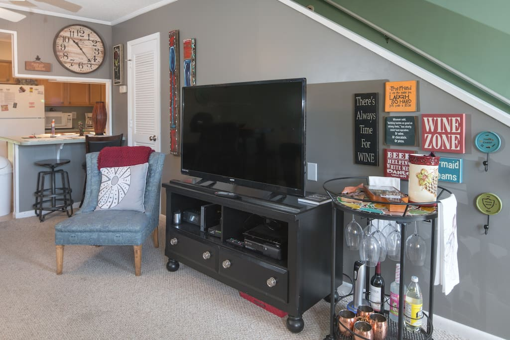 "46"" TV with cable and Smart DVD - we provide Netflix and HULU in addition to a wide variety of DVDs."