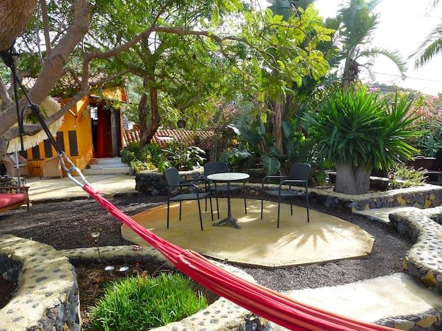 Casa del Sol mit Lavahöhle - Los Llanos - 獨棟