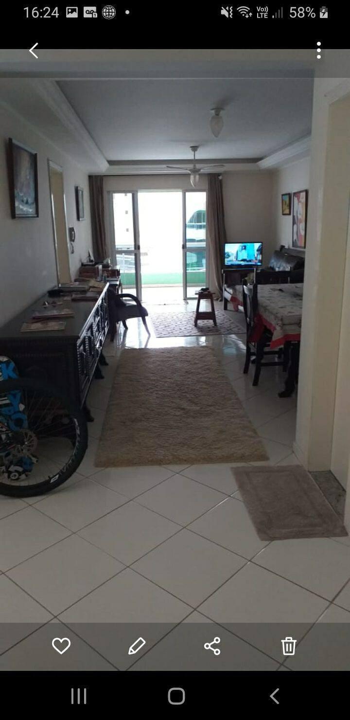 Apartamento na quadra do mar - 04 quartos!