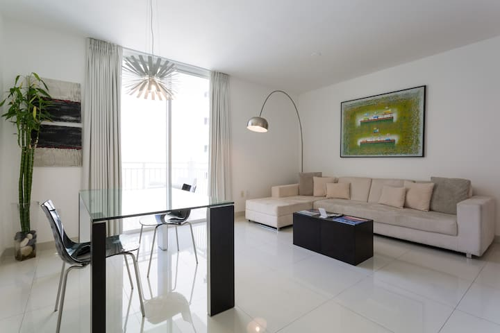 Cozzy Apartment in Downtown Brickell/Miami