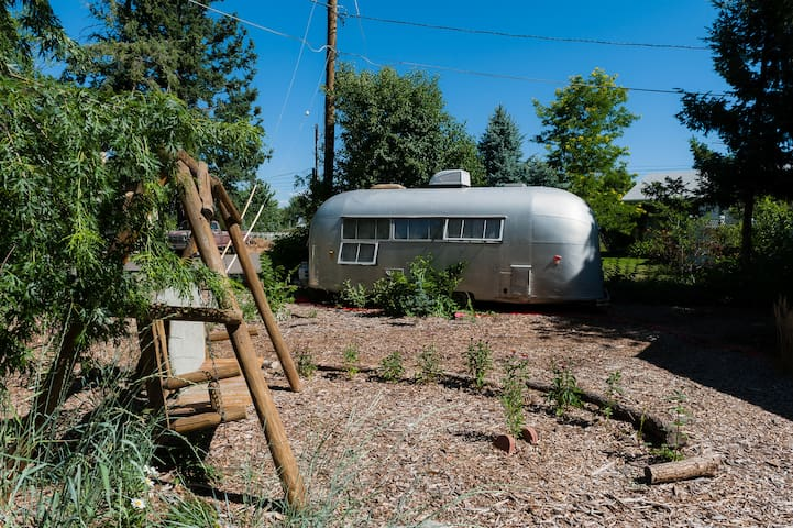 1958 'Flying Cloud' Airstream