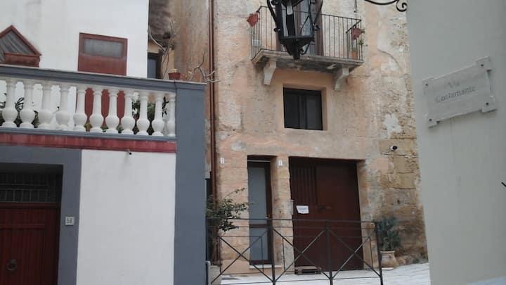 Granchio - Appartamento con balcone piano primo