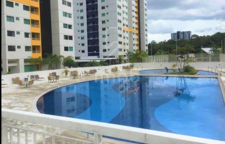 Quarto completo Condomínio na Ponta negra
