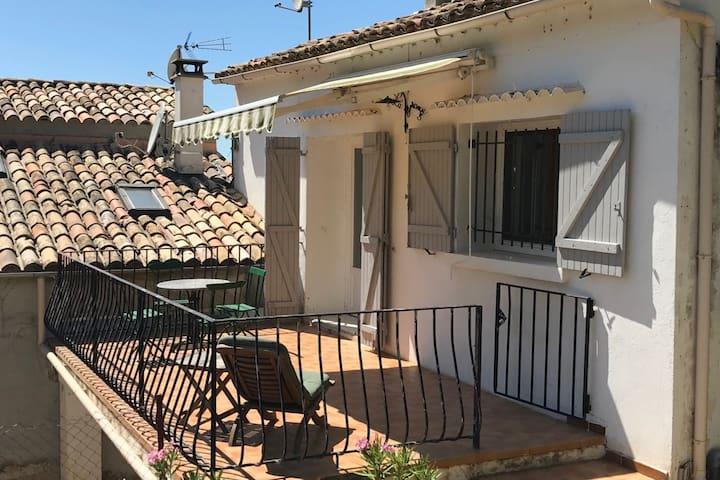 Cosy apartment Haute-Provence, Le Grand Courtier