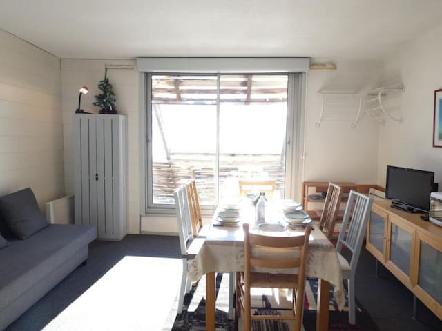 STUDIO CABINE 5/6 PERS. 6 couchages PIAU-ENGALY