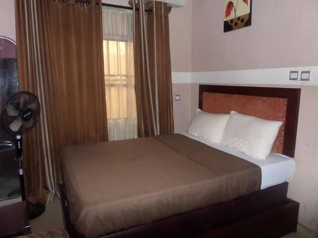 Chatwell Hotel - Standard Room
