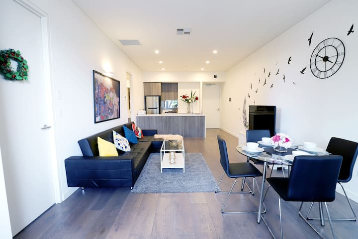 Prime Living/Designer Apartment/Heart of CBD
