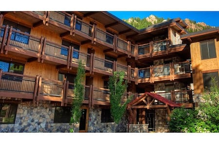 Downtown Aspen, cozy 2BR Apt. Fully equipped - Aspen