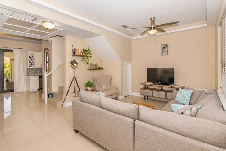 San Sebastian Luxury 3 Bedroom Townhome For Rent
