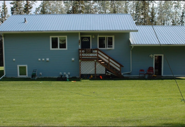 Spacious 3 Bed/3 full Bath home set on 2 acres