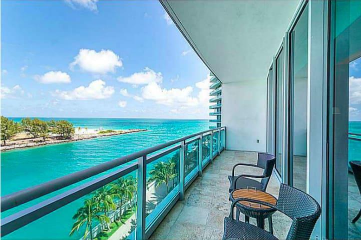 Oceanfront  Condo at Ritz Carlton in Bal Harbour - Bal Harbour