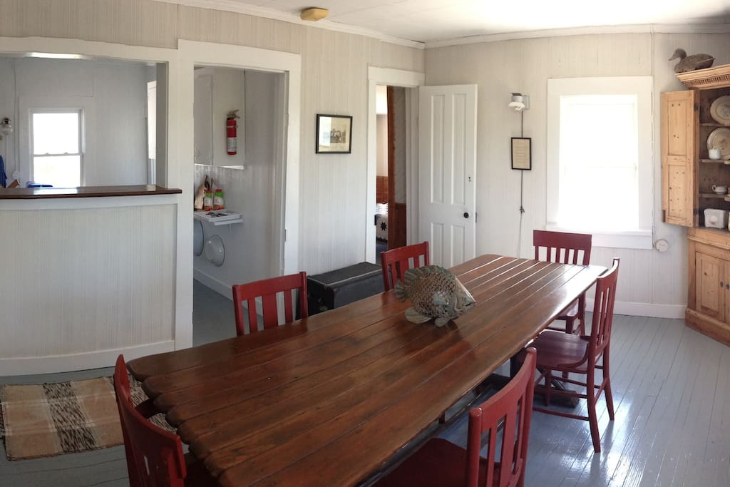 Large Sunny, Family Game and Dining Table