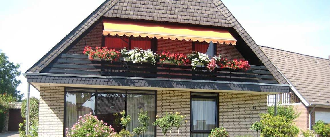 Ferienwohnung am Bergsteg - Geldern - Apartment