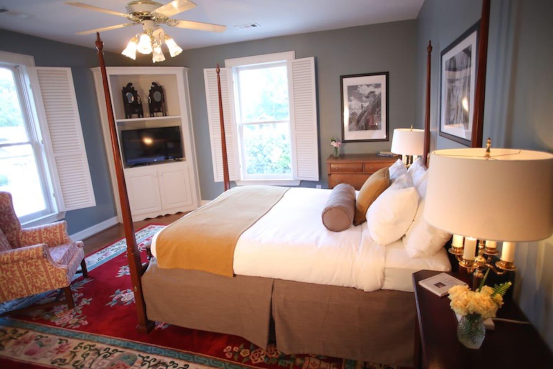 Manor Guest Room
