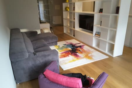 Coqueto, renovado y céntrico piso - Zarautz