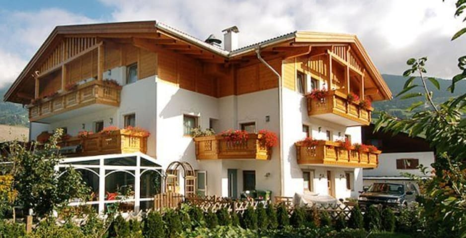 Charming Apartment Superior Studio in Residence Priska with Mountain View, Wi-Fi, Balcony, Garden & Terrace; Parking Available