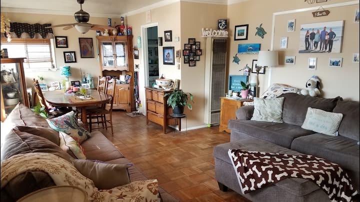 Long Beach California suburb home 2