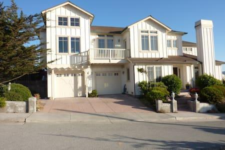 SUNNY BEACH HOUSE - MONTEREY BAY - Sand City